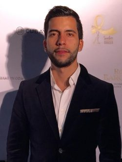 Luis Guzman,BA
